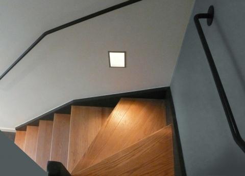escalier et mains courante en acier